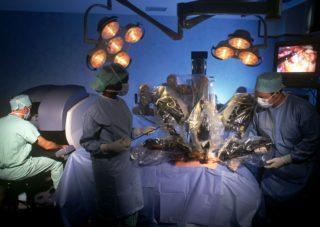 робот-хирург югра фото
