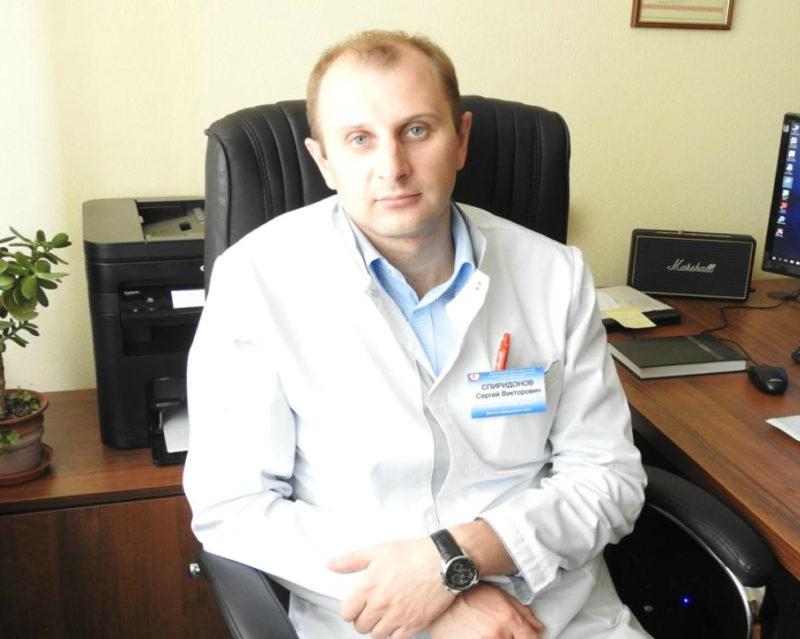 кардиохирург спиридонов фото